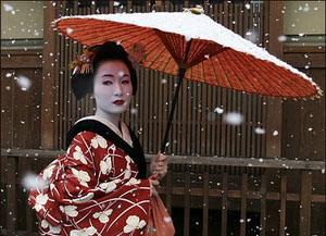 гейша_с_зонтом_снег.jpg
